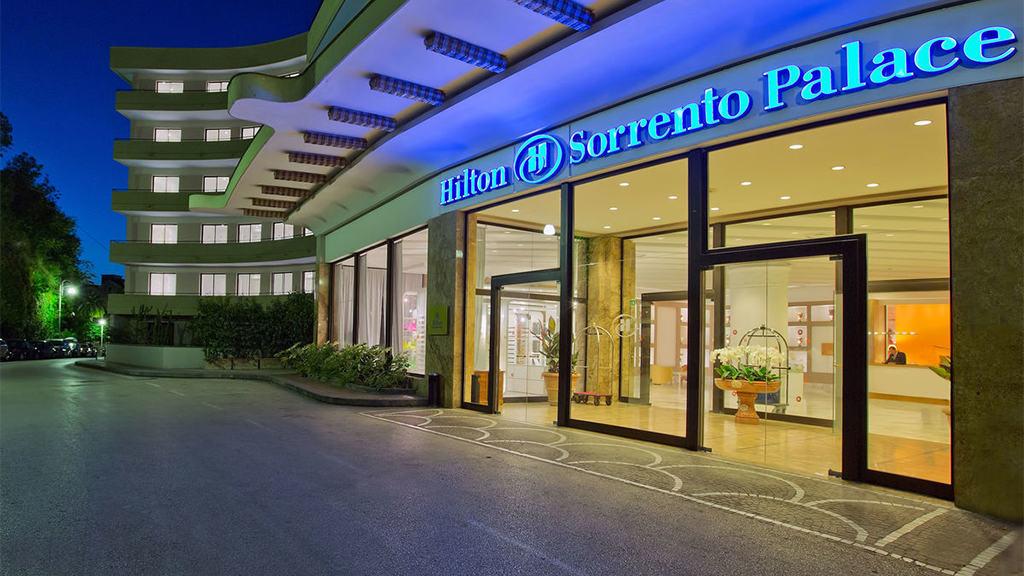 Fepe-Inspiring_Hilton Palace